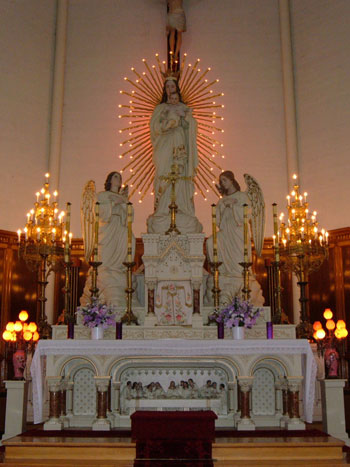 mainaltar_resize
